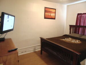 Furnished Room for Short/long Term Available Now