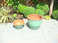 Garden Pots/Garden and Patio