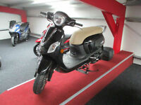 Sym Fiddle 124.6cc III 125 Scooter 2017MY III 125 From only £13 per week