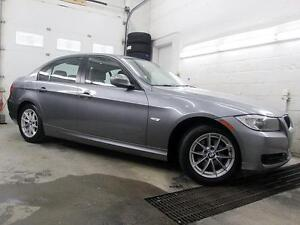 2011 BMW 323i CUIR TOIT OUVRANT MAGS 59,900KM