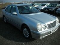 MERCEDES-BENZ E CLASS 2.6 E240 ELEGANCE 4d AUTO 170 BHP (silver) 2002