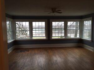 Fort Erie 2 Bedroom (utilities included)