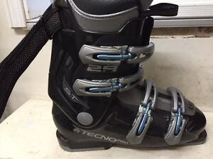Mens Ski boots  size 9 or 27.0   318 mm  $115  OBO West Island Greater Montréal image 4