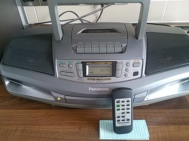 """PANASONIC RX DS19in Stockport, ManchesterGumtree - Panasonic RX DS19 Portable Stereo CD System DELIVERY AVAILABLE Actual item pictured VERY GOOD CONDITION Panasonic portable boombox with CD player, cassette player, and AM/FM radio tuner Operates on DC (8 """"D"""" batteries) or AC power Measures about..."""