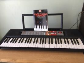 Yamaha Keyboard PSR F50 (as new & in excellent condition due to only being used a few times)