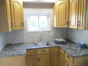 NEW  APARTMENT  ON  COUNTRY ESTATE /  KEMPTVILLE