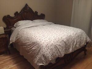 Ensemble de meubles chambre à coucher en bois massif