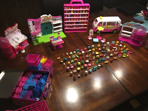 A very large lot of shopkins
