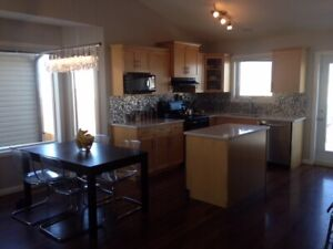 3 BED 2 BATH HOUSE W/ ATTACHED GARAGE IN LEGACY RIDGE