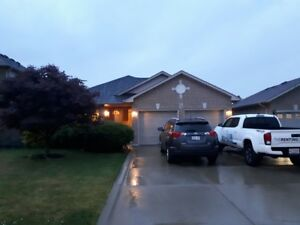 Large four bedroom back split home Stoney Creek