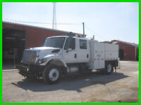 2008 INTERNATIONAL 7300 DT466 10 SPEED ''CREW-CAB''' UTILITY TRUCK WITH IMT 5020
