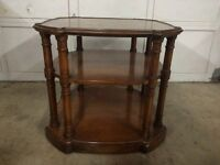 Beautiful Antique Ornate Mahogany Occasional Table ~L@@K~