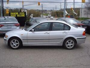 2002 BMW 320i *LEATHER*