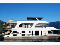4 day-24 Person Houseboating Trip!!