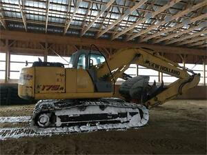 New holland E175b Excavator