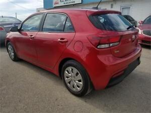 2018 Kia Rio 5-door LX+ back up camera/Heated Seats/blue tooth +