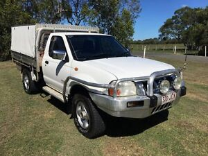 2005 Nissan Navara D22 S2 ST-R White 5 Speed Manual Cab Chassis Stapylton Gold Coast North Preview