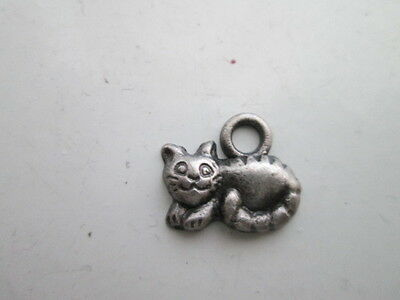 Cat Pendent for necklace dark silver color without the chain laying down kitten