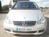 0505 MERCEDES-BENZ A200 2.0 AUTOMATIC AVANTGARDE SE 3 DR HATCH 54K FSH SUPERB