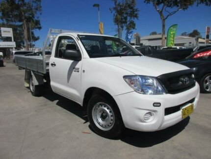 2008 Toyota Hilux GGN15R MY08 SR White 5 Speed Automatic 2D CAB CHASSIS