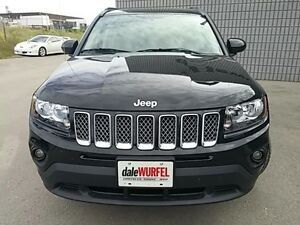 2016 Jeep Compass North 4X4 AUTO LEATHER/CLOTH ALLOYS London Ontario image 2