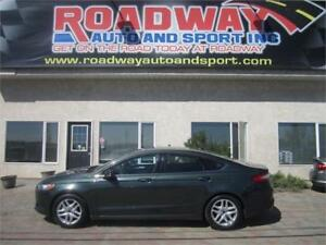 2015 Ford Fusion SE  Clean Local PST Paid