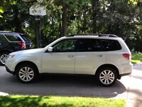 2011 Subaru Forester Touring Package SUV, Crossover