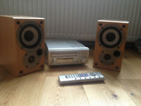Denon UD M30 CD receiver , remote control and two sc-M50 20-50W speakers