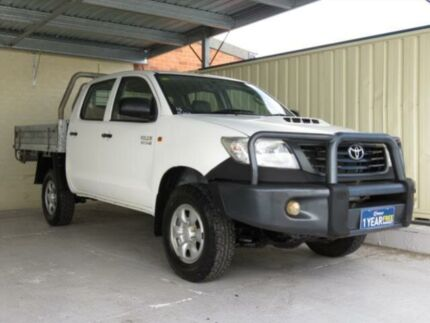 2012 Toyota Hilux KUN26R MY12 Workmate (4x4) White 4 Speed Automatic Dual Cab Pick-up Condell Park Bankstown Area Preview
