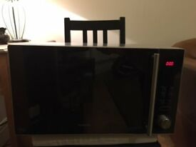 Kenwood 25L Microwave. Excellent condition