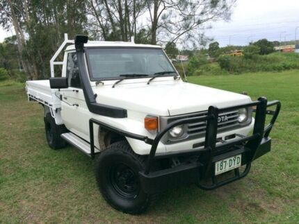 1990 Toyota Landcruiser FJ75RP White 5 Speed Manual Cab Chassis Springwood Logan Area Preview