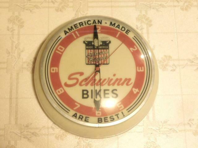 Schwinn Bicycles Bikes Adveritising Light Up Clock Hard To Find