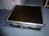 Large flight case / shipping case