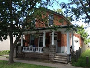 2x - 1 Bdrm Apartments Available Feb 1 - Downtown St. Catharines