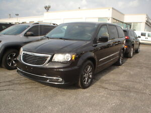 "2015 Chrysler Town & Country ""S"" Edition Nav DVD Minivan, Van"