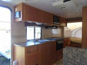 "2009 Kodiak 69313c RV Hybrid Style 16'6"" Closed - 24' Open London Ontario image 7"