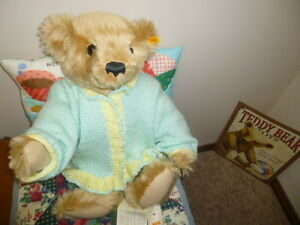 Large Superb Mohair Steiff Teddy Bear - Like New Condition London Ontario image 1