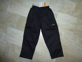 Children's Regatta Waterproof Over Trousers Black Age 5-6 Boy or Girl BNWT