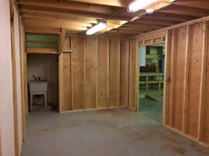 I-2 commercial shop/warehouse space on Cousins Ave, Courtenay Comox / Courtenay / Cumberland Comox Valley Area image 3