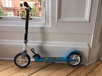 Kids scooters, two available (1 x blue, 1 x orange)