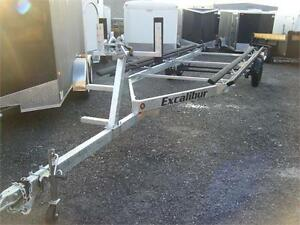 Pontoon Boat Trailer - 4500lb Capacity up to 25 ft.