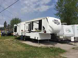 2011 FOREST RIVER SANDPIPER 300RL 34 FOOT 5TH WHEEL LIKE NEW !!!