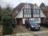 house for sale in Barnet 5 bedrooms very good condition