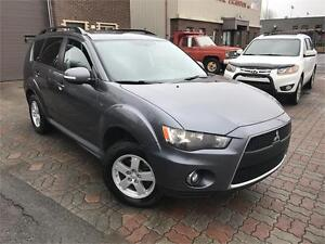 MITSUBISHI OUTLANDER LS 2011 AUTO / AWD / AC / MAGS / 7 PASSAGER