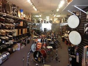 Chez Drum Bazar, C`est le mois des drums a l`année. Depuis 1998