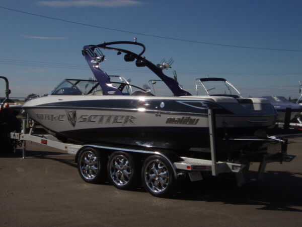Used 2008 Malibu 23 FT LSV