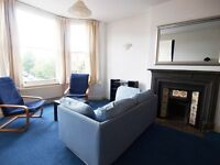 A large 1 bedroom flat in a Victorian conversion short walk to Finsbury Park tube station