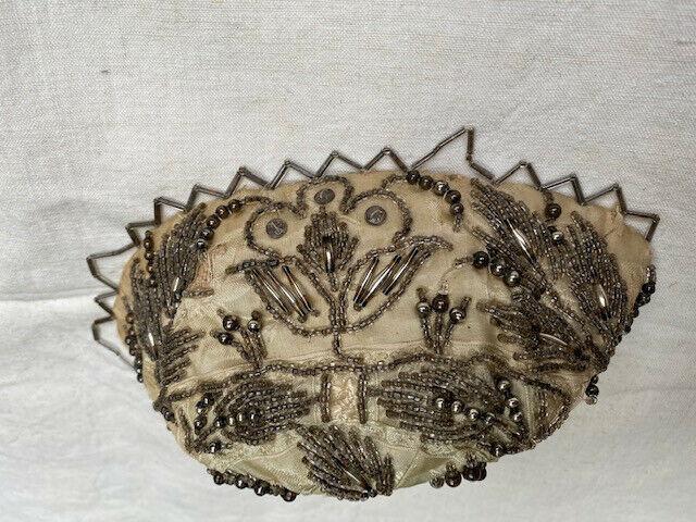 Coiffe bretonne, bonnet perlé ancien, costume breton