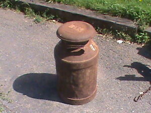 OLD ANTIQUE MILK CAN