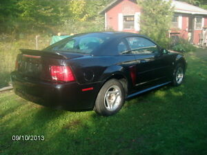 2000 Ford Mustang 3.8ltr  VERY NICE CAR TO DRIVE